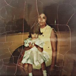 oldphoto momanddaughter