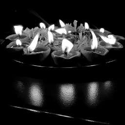 blackandwhite lights diwali festivaloflights pccandles pcblacknwhite freetoedit pclightingthedark lightingthedark