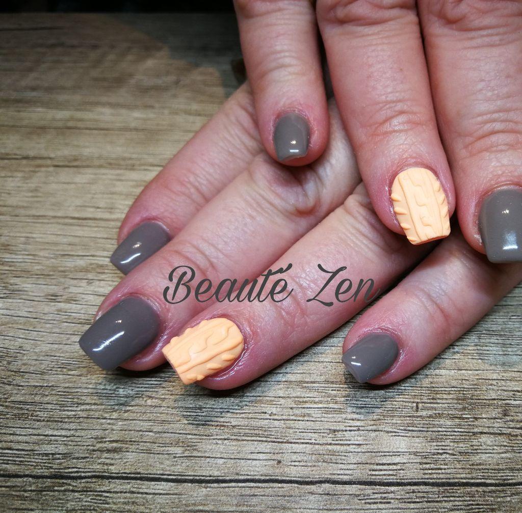 Les ongles de Laëtitia, remplissage gel effet pull. ong
