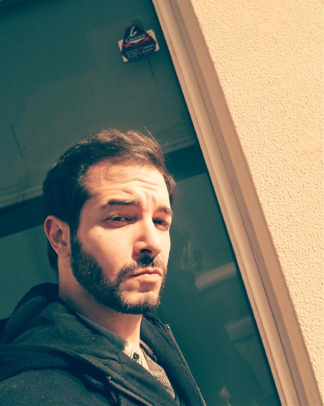 Hey, ¿Qué pasa? ¿Seguís vivos?... #selfie #theprometeus #street #valència #artist