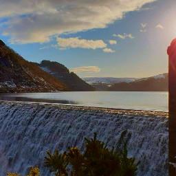 lake sunset i waterfall