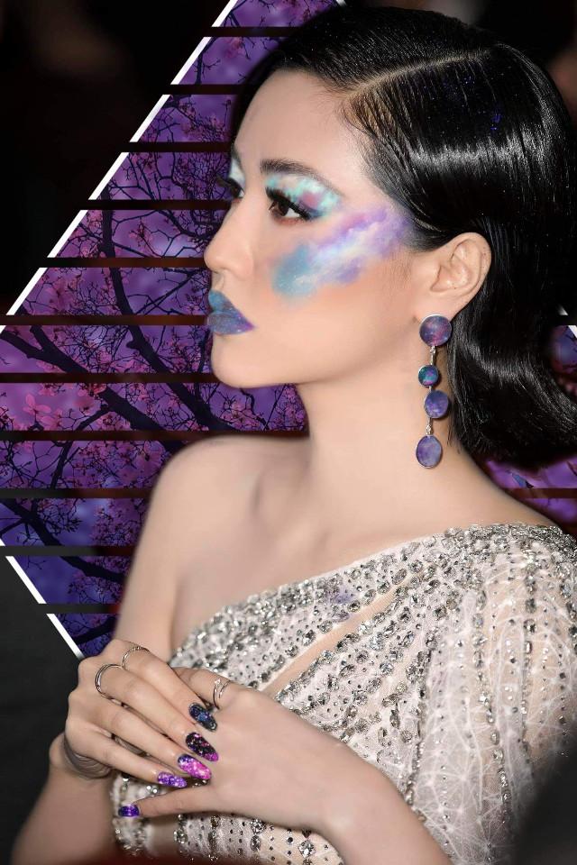 #freetoedit #galaxy #makeup #glitter #sparkles #girl #galaxymakeup #edit