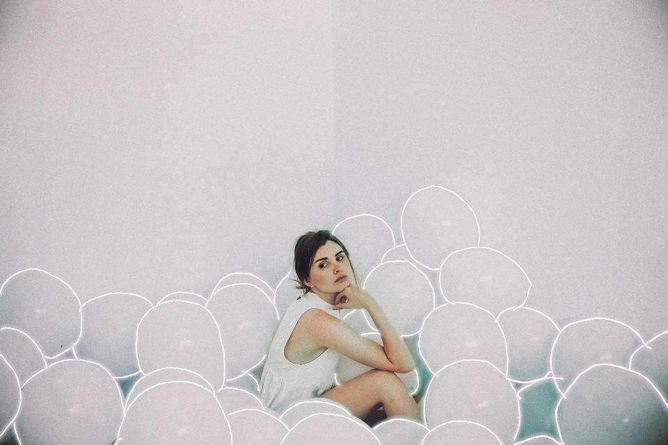 #balloons#girl#white #freetoedit