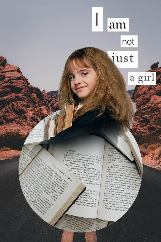 Who here likes Hermione Granger?  I like her, but I love Ginny💞  #hermionegranger #hermionejeangranger #hermionegrangeraesthetic #hermionegrangeredit #harrypotter #potterhead #harrypotterworld                                                                             .