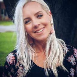 wife portraitphotography smile beautifulgirl blonde