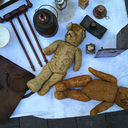 strasbourg. marcheauxpuces antiques alsace france