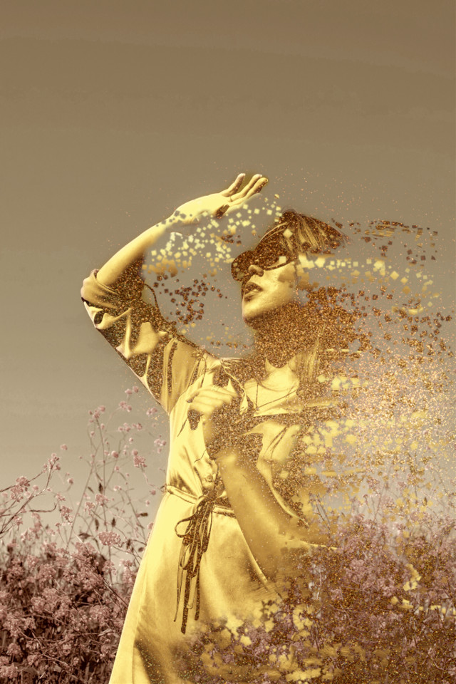 #freetoedit #ircsunnyday #sunnyday #madewithpicsart #dispersion   #gold #woman #remixit