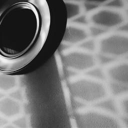 contrast shadow light monochromatic mirror freetoedit