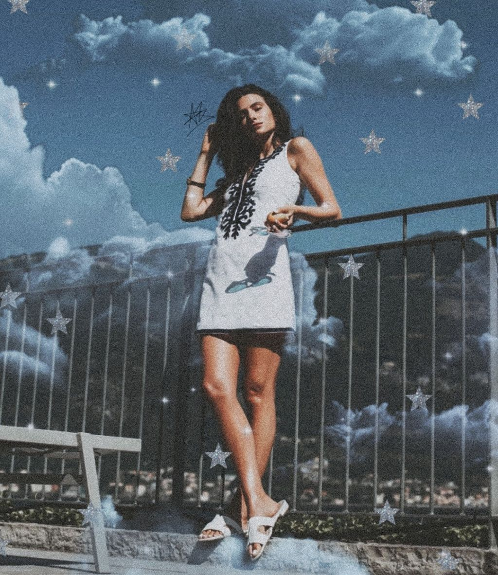 "Photo from @amy_marietta  Follow my instagram (hello.its.akari) to see the ""before & after"" of my edit, tutorials, curiosity, songs that i like🤗  #freetoedit #stars #clouds #retro #noise #film #effects #girl #summervibes #summer #aesthetic  #srcstars"