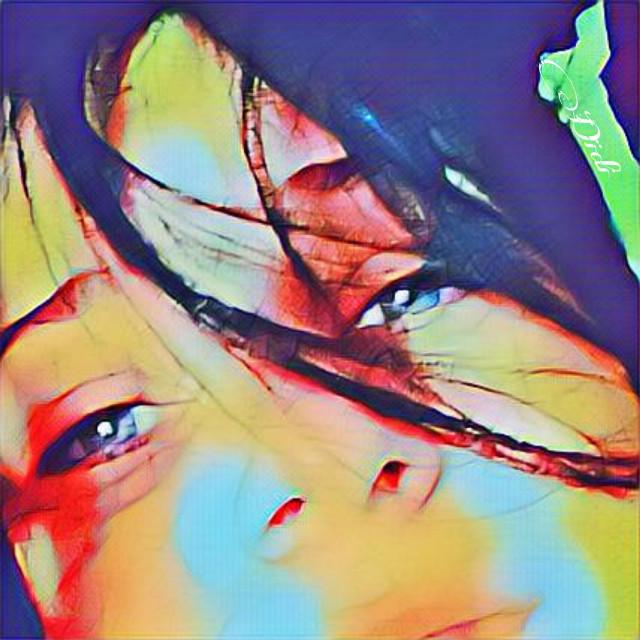 I like people who can listen to the wind on their skin, feel the smells of things, capture their soul. Those who have meat in contact with the flesh of the world. Because there is truth there, there is sweetness, there is sensitivity, there is still love.  Mi piace la gente che sa ascoltare il vento sulla propria pelle, sentire gli odori delle cose, catturarne l'anima. Quelli che hanno la carne a contatto con la carne del mondo. Perché li c e' verità, lì c'è dolcezza , lì c'è sensibilità, lì c'è ancora amore.  #me #selfieday #selfie #magiceffects #eyes #photo #sadness #woman #color #quotes #quote