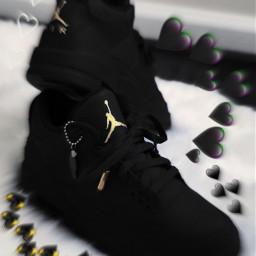 sneakerhead jordans gold hearts freetoedit