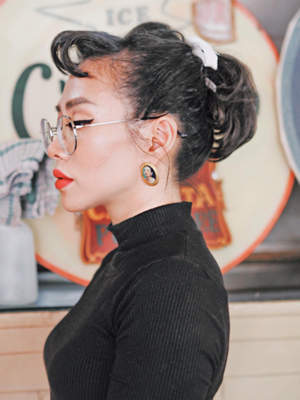 Audrey Hepburn inspired  #freetoedit #vintage #vintagestyle #picsart #remixit #realpeople #fotoedit #portrait #idk #bts #50s