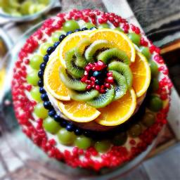 cake tort colurfull red green