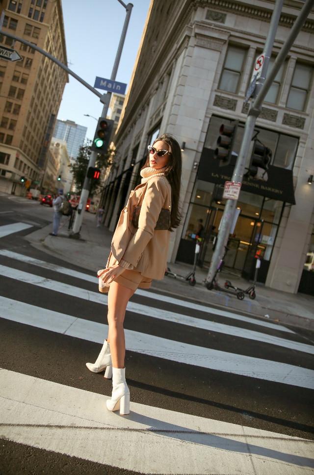 DTLA 🤘🏼 #freetoedit #people #style #people #fashion #stylegirl #model #legs #la #california