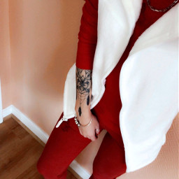 lookoftheday red white christmas lifestyle