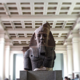 interesting london travel photography museum pcstatue freetoedit