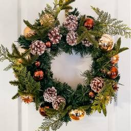 holidays wreath pinecones ornaments freetoedit
