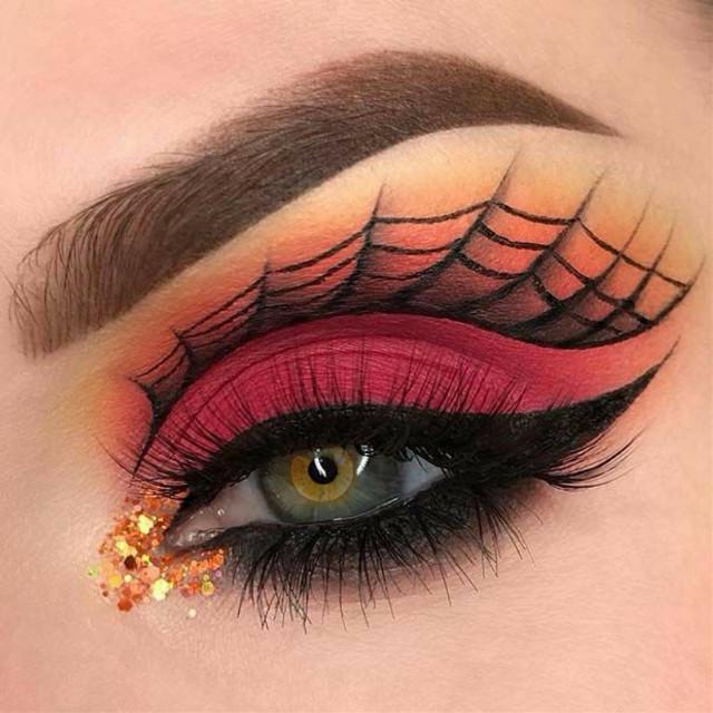 #eyes #beauty #loveher  #makeup #beautiful #lashes #instagood #fashion #cute #art #like #lips #photooftheday #me #girl #hair #portrait #photography #model #follow #smile #instagram #selfie #style #eye #face #prettygirls  #eyeshadowpalette  #picofthedays  #bhfyp
