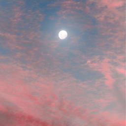 earlyinthemorning sunrise skylover sunrisecolors themoonabove freetoedit