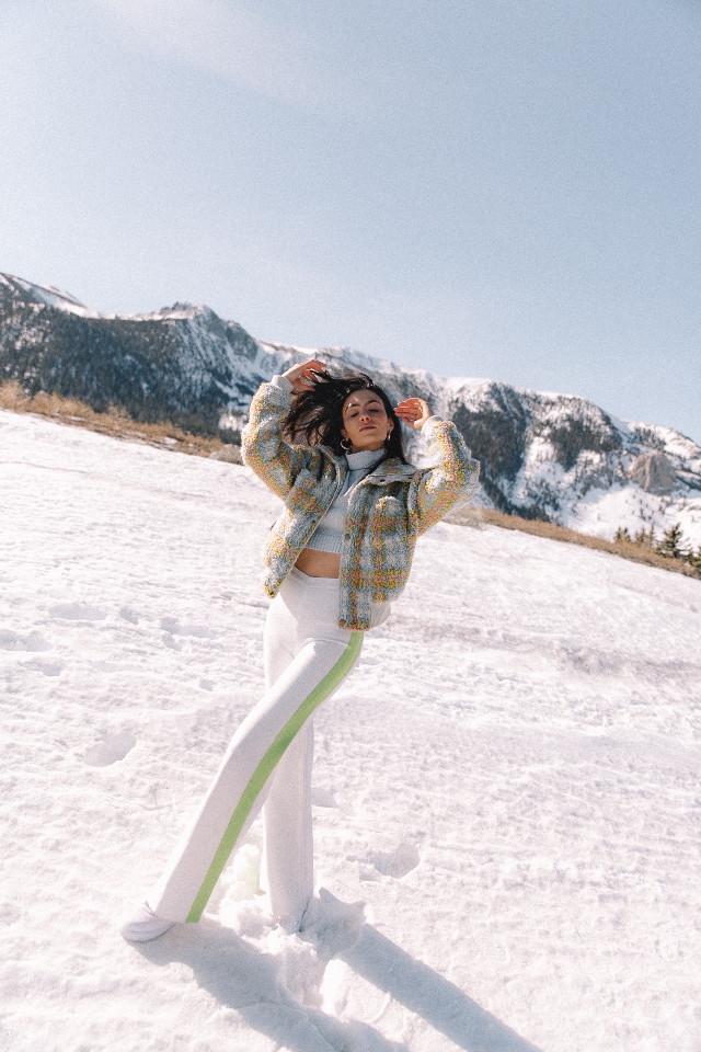 What a wonderful world. I love nature!! #freetoedit #snowday #california #mammoth #interesting #people #sky #photography #travel #fashionista #styleicon #amymarietta