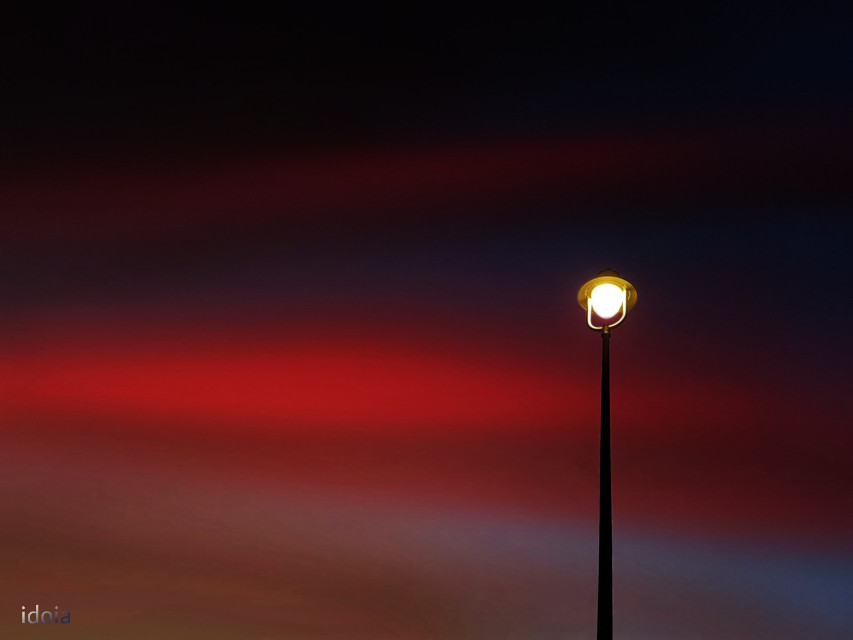 Silence is like nightfall ...  #twilight #streetlight #sky #minimalist #photography #evening #myedit #myphoto  #freetoedit