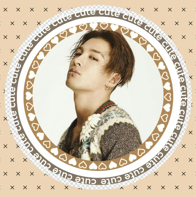Dong young bae  Icon #freetoedit #bigbang #bigbangtaeyang #taeyangbigbang