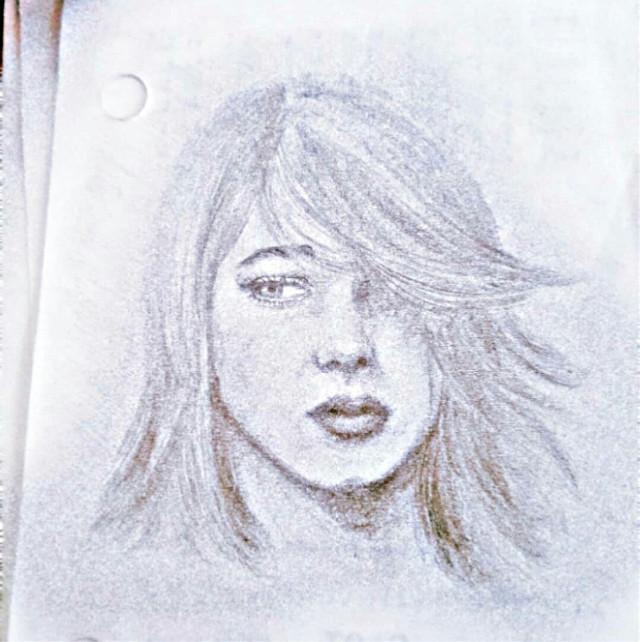 #freetoedit  #mydrawing #pencildrawing  #art #drawingoftheday #lea  #leaseydoux  #birthdaytoday #birthdaygirl  #luvyall  💕🎂 #picsart  @picsart