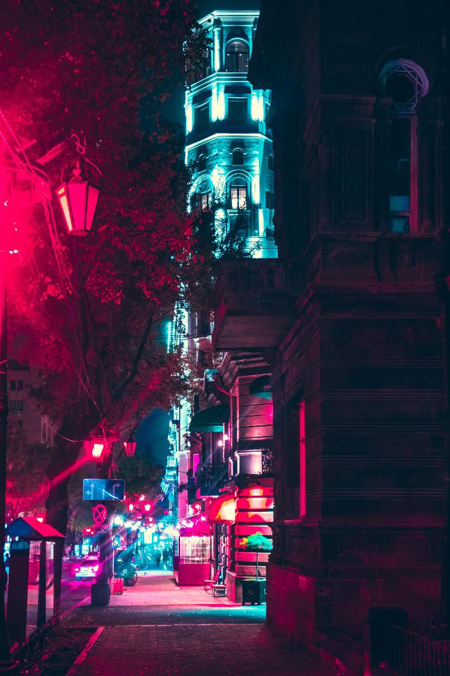 #freetoedit #cyberpunk  #photography #republicsquare #capturestreets #hbouthere #streetgrammers #photographer #peoplescreatives #yerevan #primeshots #armenia #hdailyfeature #shooteverything #streetleaks #theimaged #huntgram #streetmobs #agameoftones #illgrammers #moodygrams #artofvisuals #justgoshoot #tonesofnyc #photooftheday #photographyislife #streetdreamsmag #toneception #igmasters #streetphotography #streets_vision