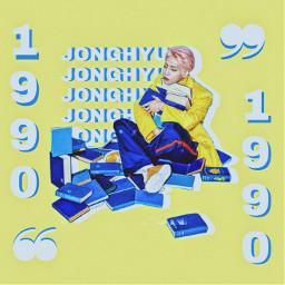 freetoedit korea kpop idol boy shinee shineejonghyun jonghyun edit editkpop aeshetic aestheticyellow
