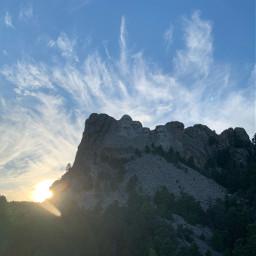 mountrushmore rushmore abrahamlincoln georgewashington teddyroosevelt presidents history sunset clouds mountain buildournation america americathebeautiful