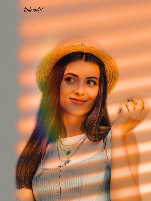 #girl #shadowmask #prismeffect #vacationmood #shadoweffect  #goldenhour #summer #summervibes #enjoylife #interesting #art #myart #creativity #diversity #freetoedit