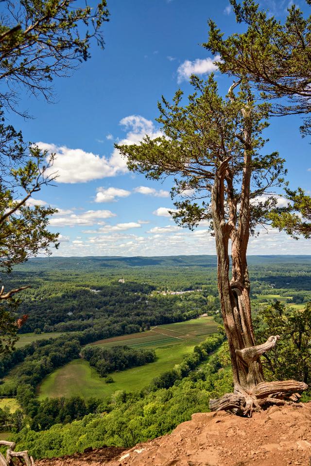 #freetoedit #naturephotography #adventure #hiking #viewfromthetop Happy Saturday!