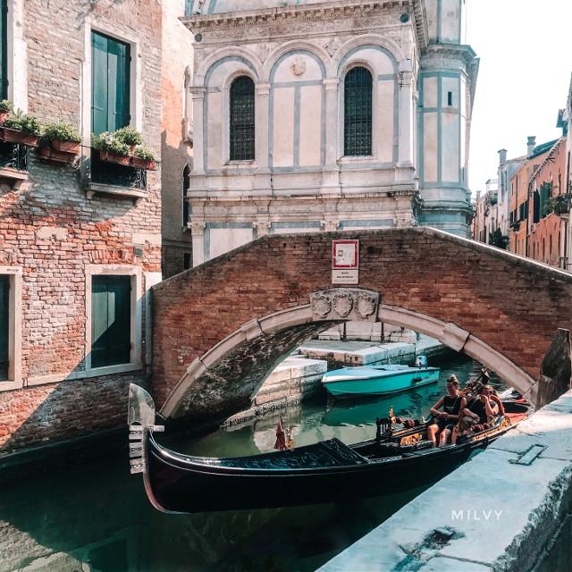 """""""Venice""""🧡 #Italy #Venezia #mysummertriptovenice #visititaly #Venice #shotoniphone #myphoto #photography #ancientcity #beautifulitaly #italia"""