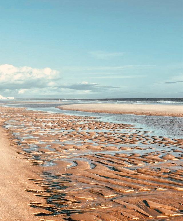 #beautifulmorning #atthebeach #lowtide #ripplesinthesand #shallowwaters #calmwaves #horizon #blueskyandclouds #morningsunnylight #nature  #summertime #beachscenery #beautifulview #beachphotography                                                                                   #freetoedit