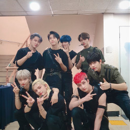 straykids straykidsedit bangchan changbin felix hanjisung in leeknow woojin seungmin hyunjin straykidsedits straykidskpop stray_kids wow icantwait awsome youmakestraykidsstay handsomeboy music art interesting party sky people
