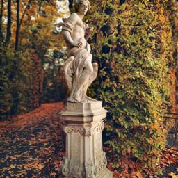 leafs statue park autumn autumnvibes beautifulday beautifulnature myphoto myclick heypicsart freetoedit pcleavesisee leavesisee