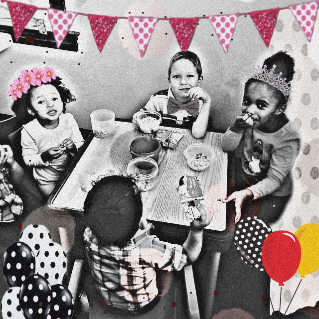 #effects #oldpic #blackandwhite #balloons #party #kids #myangels #love