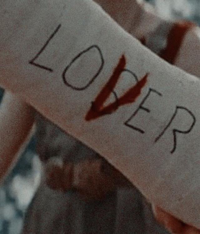 ❤️  #reddie #loser #lover #eddie #riche #it #itchapterone #pennywise #redballoon #bloodswear #losersclub #welcometothelosersclubasshole #killthisfuckingclown #riche #ripeddie #doesntsmelllikecacatome #horor