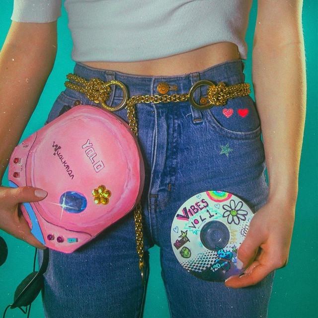 #photography #oldphoto #80s #80saesthetic #90s #90saesthetic #vibes #80svibes #strangerthings #indie #indieaesthetic #aestheticoutfit #music #aestheticwallpaper #indiewallpaper #art #fashion #popart #glitter #aestheticpink #artistic #photoshoot #selfie #film #bts