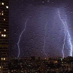 srcrainonme rainonme lightening city night