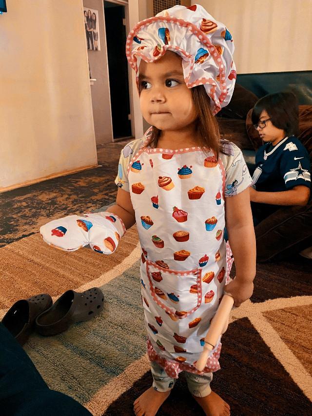 My precious Abigail. 💕 She is ready for baking. 😊  #granddaughter #nieta #girl #sweet #smart #precious #familylove #love #mylife #beautiful