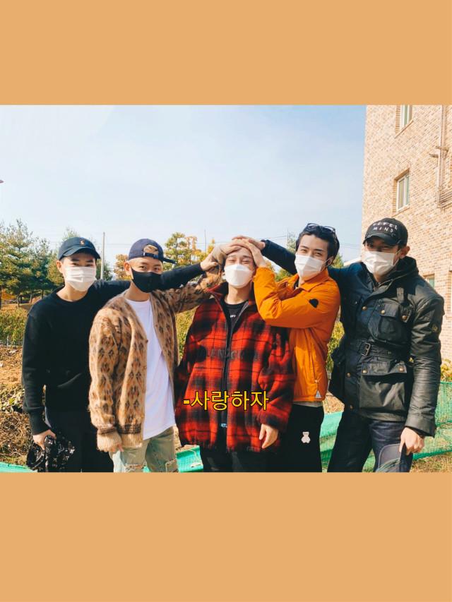 #chen #jongdae #exo #exol #exochen #exochenedit #brown #kpop #loveshot #suho #kai #chanyeol #sehun #bald