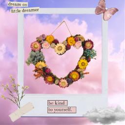 art driedflowers driedflowerswreath wreath crystal flowers heart love bekindtoyourself dreamonlittledreamer freetoedit