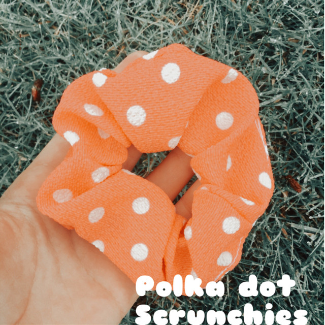 My pic and my edit (scrunchie from serioussewingstore on etsy) #etsyshopowner