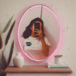 challange neon neonpink girl roundmirror phone mitrorpic pic selfie aesthetic vibe vintage pot freetoedit rcneonlight neonlight