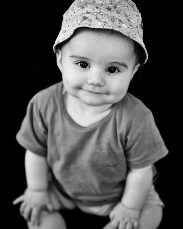 #baby #babygirl #babyphotography #babygirls #portrait #babyportrait #bw #bnw #blackandwhite #bwphotography #bnwphotography #blackandwhitephotography #portraitphotography #lovelybaby #lovelygirl