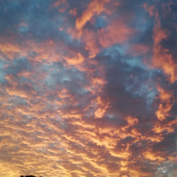 🌄 sunset clouds pinkclouds goldclouds nature sky skylover nofilter. myphoto editedbyme nofilter