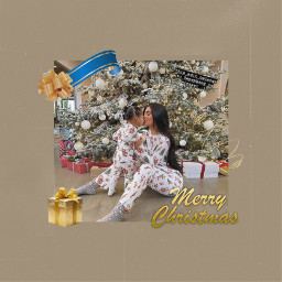 kyliejenner stormiwebster gold christmas merrychristmas kardashians jenners tumblr aesthetic freetoedit