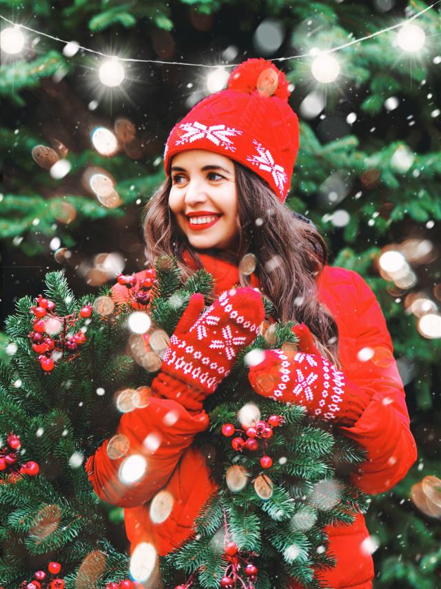 #freetoedit #christmas #christmastree #christmasspirit #christmastime #holiday #holidayvibes