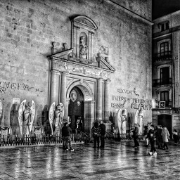 architecture religion xmas catedral people bnw bnw_life bnw_society bnwphotography blackandwhite freetoedit